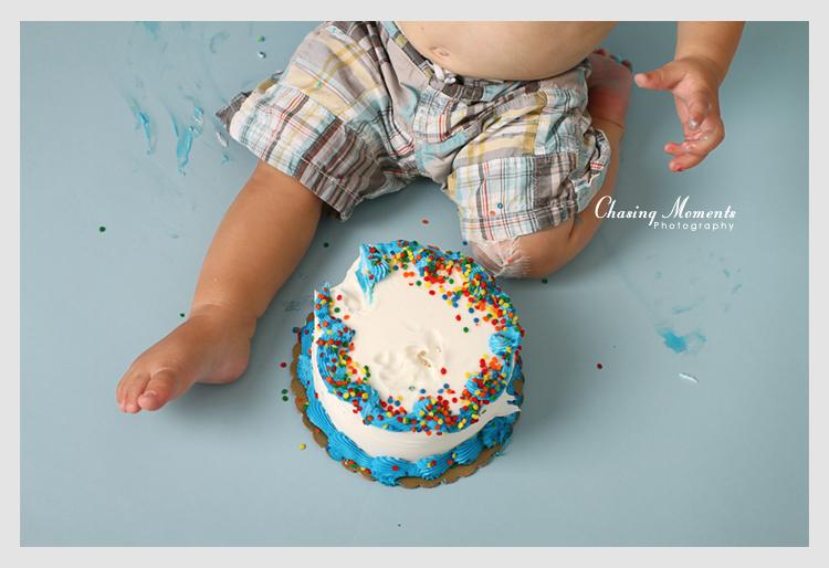 cake smash professional photos in reston fairfax county